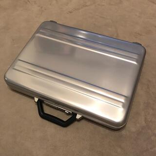 ゼロハリバートン(ZERO HALLIBURTON)のゼロハリバートン アタッシュケース Made in USA(ビジネスバッグ)