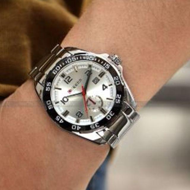 【新品 人気ブランド】 CURREN 腕時計 シルバー/シルバー メンズの時計(腕時計(アナログ))の商品写真