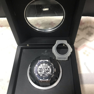 ウブロ(HUBLOT)の時計 腕時計 ケース 箱 自動巻 3針 訳あり  ビッグ (腕時計(アナログ))