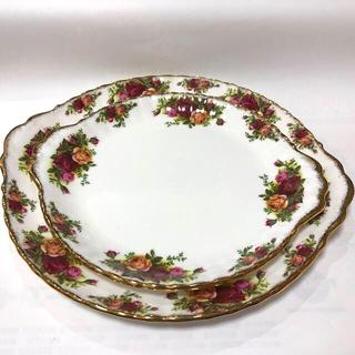 ロイヤルアルバート(ROYAL ALBERT)のロイヤルアルバート オールドカントリーローズ ケーキ皿 大小(食器)