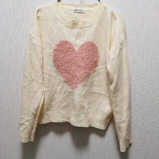 ウィゴー(WEGO)のWEGO ピンクハートセーター ホワイト モテセーター(ニット/セーター)