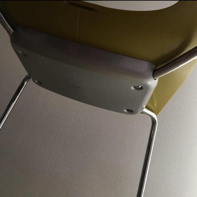 大塚家具(オオツカカグ)のカリガリス チェア2つセット キレイ 大塚家具 イタリア インテリア/住まい/日用品の椅子/チェア(ダイニングチェア)の商品写真