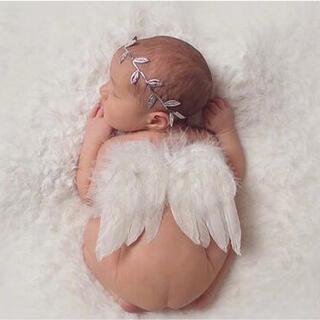赤ちゃん 天使 羽 ホワイト 寝相アート ベビーフォト ニューボーンフォト (フォトフレーム)