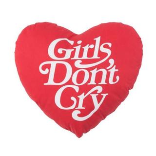 ジーディーシー(GDC)のGIRLS DON'T CRY/ガールズドントクライ>ピロー/レッド(クッション)
