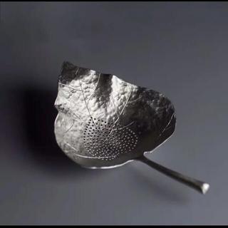 アフタヌーンティー(AfternoonTea)の錫製 リーフ型 茶漉し(調理道具/製菓道具)