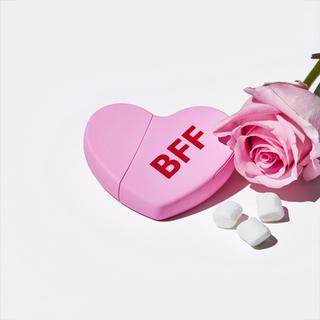 カイリーコスメティックス(Kylie Cosmetics)のKKW FRAGRANCE KKW HEARTS BFF(香水(女性用))