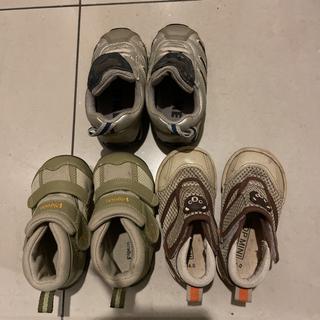 ピジョン(Pigeon)の13.0㎝と14.0㎝の3足セットのベビー靴(スニーカー)