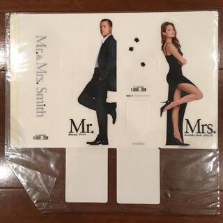 映画『Mr. & Mrs. Smith ブックスタンド』非売品【新品未開封】(男性タレント)