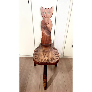 【レア】猫 折りたたみ 椅子 三本脚(折り畳みイス)