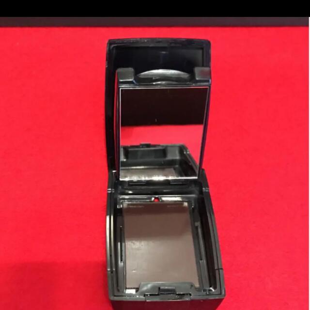 Dior(ディオール)のDior ディオール フェイスパウダー ケース コスメ/美容のベースメイク/化粧品(フェイスパウダー)の商品写真