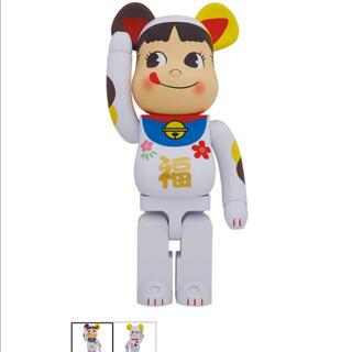 メディコムトイ(MEDICOM TOY)の「BE@RBRICK 招き猫 ペコちゃん 福 1000%」即日発送!(その他)