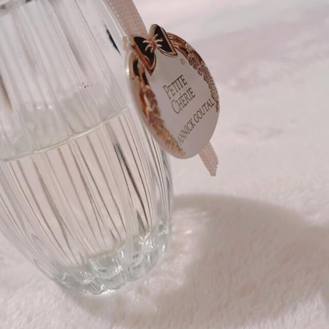 Annick Goutal(アニックグタール)のアニックグタールオードトワレ プチシェリー 100ml 残量半分以上 コスメ/美容の香水(香水(女性用))の商品写真