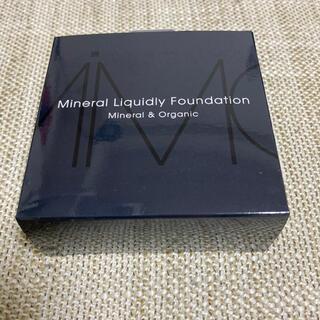 MiMC - MiMC ミネラルリキッドリーファンデーション レフィル 205 ピンクブライト