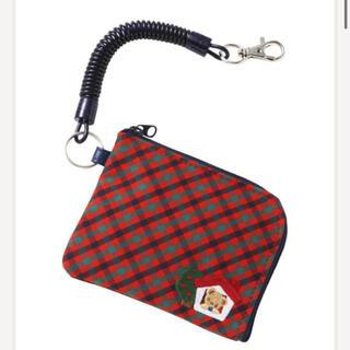 ファミリア(familiar)の新品・タグ付き ファミリア パスケース お財布にも(キャラクターグッズ)