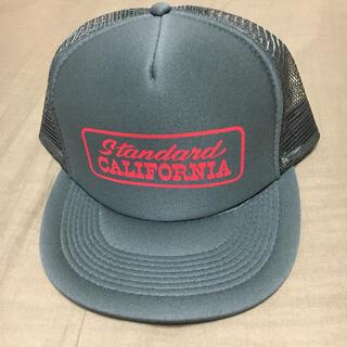 スタンダードカリフォルニア(STANDARD CALIFORNIA)のスタカリ グリーンルーム限定 メッシュキャップ(キャップ)