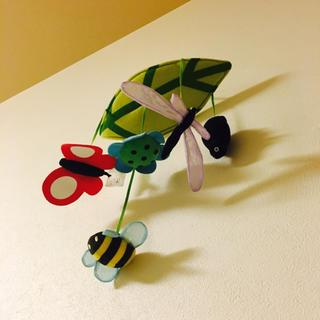 イケア(IKEA)のIKEA 虫さんゆらゆらモービル(オルゴールメリー/モービル)
