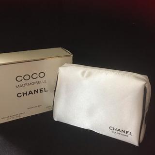 シャネル(CHANEL)のCHANEL シャネル コスメポーチ 化粧ポーチ ポーチ 箱付き ボックス付き(メイクボックス)