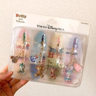 ディズニー(Disney)の新品未使用♥ダッフィー♥ストラップ セット(ストラップ/イヤホンジャック)