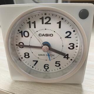 カシオ(CASIO)のカシオ wave ceptor 目覚まし時計(置時計)