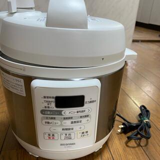 アイリスオーヤマ 電気圧力鍋 3.0L PC-EMA3-W  簡単