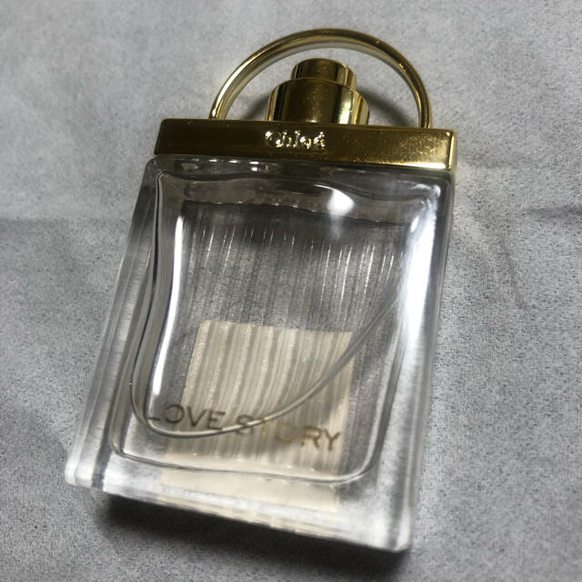 Chloe(クロエ)のChloe ラブストーリー オーデトワレ コスメ/美容の香水(香水(女性用))の商品写真