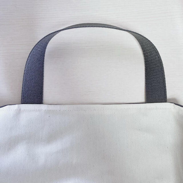 レッスンバッグ さくらんぼ チェリー フリル ハンドメイドのキッズ/ベビー(バッグ/レッスンバッグ)の商品写真