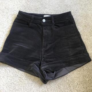 アリシアスタン(ALEXIA STAM)のjuemi High-Waisted Corduroy Shorts(ショートパンツ)