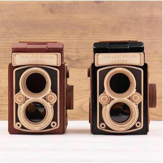 カルディ(KALDI)の【新品】カルディ レフレックス カメラ 黒・茶色 2点セット(菓子/デザート)