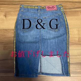 ドルチェアンドガッバーナ(DOLCE&GABBANA)のD&G[💋sexyスリットGOLDスパンコール✨]デニムスカート(ひざ丈スカート)