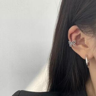 Ameri VINTAGE - 蝶々のイヤーカフ シルバー ヴィンテージ 韓国 トレンド
