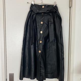 ザラ(ZARA)のZara フェイクレザースカート(ひざ丈スカート)