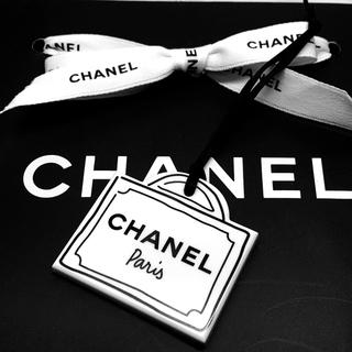 CHANEL - シャネル     パリ バッグ型チャーム