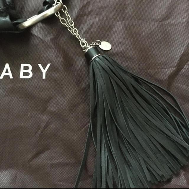 SAZABY(サザビー)のお買い得!最終値下げ!SAZABY タッセル付のおまけ付き レザーバック レディースのバッグ(ショルダーバッグ)の商品写真