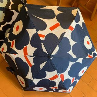 マリメッコ(marimekko)のマリメッコ 折りたたみ傘 美品 ウニッコ廃盤カラー(傘)