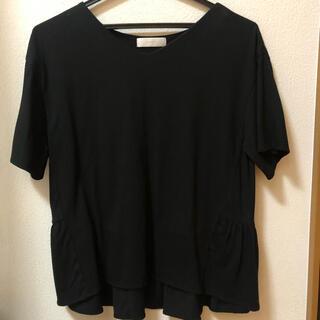 エニィスィス(anySiS)のブラック♡フリルトップス(Tシャツ(半袖/袖なし))