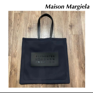 マルタンマルジェラ(Maison Martin Margiela)の【新品】マルジェラ NUMBERS LOGO PADDED TOTE BAG(トートバッグ)
