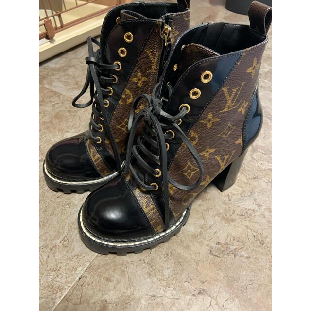 LOUIS VUITTON(ルイヴィトン)のルイヴィトン ブーツ スタートレイル 39 レディースの靴/シューズ(ブーツ)の商品写真