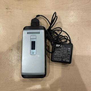 キョウセラ(京セラ)のガラケー本体+充電器 W62K(携帯電話本体)