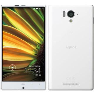 アクオス(AQUOS)のAQUOS SERIE SHL25 (ホワイト) au(スマートフォン本体)