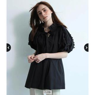 新品タグ付 CADUNE レーシーフリルブラウス ブラック(シャツ/ブラウス(半袖/袖なし))