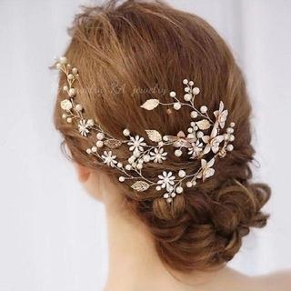 新品❤️ヘッドドレス ゴールド お花パール ブライダル ウエディング 結婚式(ウェディングドレス)