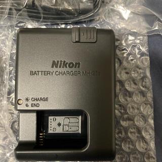 ニコン(Nikon)のNikon バッテリーチャージャー MH-25a(その他)