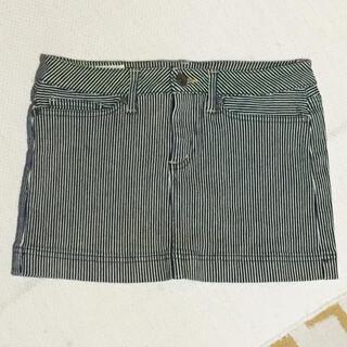 ローズバッド(ROSE BUD)の新品 ローズバッド デニムヘリンボーン ミニスカート 水着にも(デニム/ジーンズ)