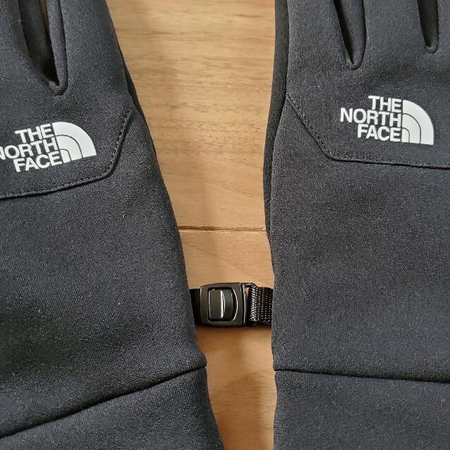 THE NORTH FACE(ザノースフェイス)の短時間一回使用の美品 ノースフェイス スマホ対応イーチップグローブ ブラックM スポーツ/アウトドアのアウトドア(登山用品)の商品写真