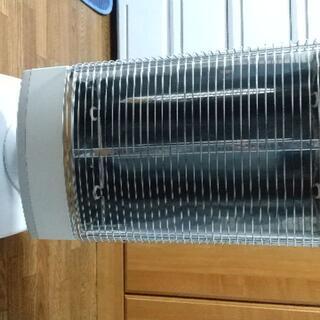 ダイキン(DAIKIN)のダイキン製遠赤外線ヒーター セラムヒート(電気ヒーター)