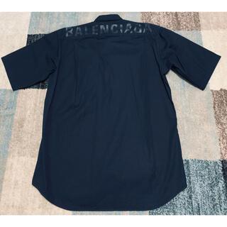 Balenciaga - バレンシアガ バックプリントロゴシャツ