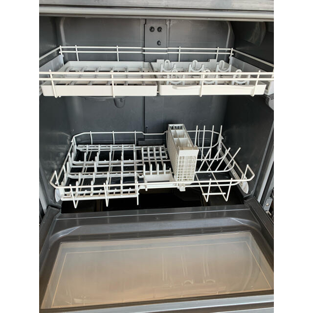 食洗機 NP-TZ100-S  Panasonic スマホ/家電/カメラの生活家電(食器洗い機/乾燥機)の商品写真