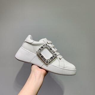 ロジェヴィヴィエ(ROGER VIVIER)のゆぅみ様専用(ローファー/革靴)