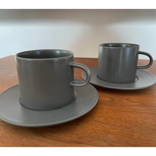 イッタラ(iittala)のkura common Enaコーヒーカップ&ソーサー スレートグレー 2セット(グラス/カップ)