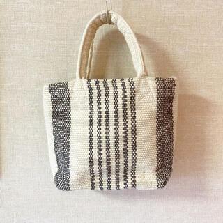 ムジルシリョウヒン(MUJI (無印良品))の無印良品 インドの手織りミニトートバッグ(トートバッグ)